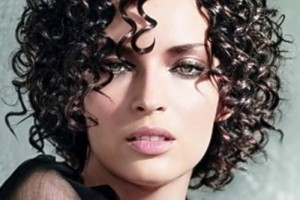 500x648px 13 Unique Curly Short Hairstyles 2013 Picture in Hair Style