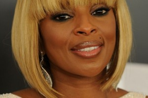 Hair Style , 5 Charming African American Layered Bob : african american short blonde bob hairstyles