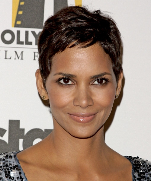 9 Charming Black Hairdos For Short Hair in Hair Style