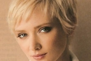 400x508px Amazing Short Hairstyles For Fine Hair Women Picture in Hair Style