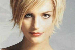 556x800px 12 Fabulous Womens Short Haircuts For Fine Hair Picture in Hair Style