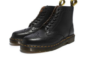 Shoes , Charming Doc Marten Boots product Image : Beautiful Black Beams Doc Marten Boots