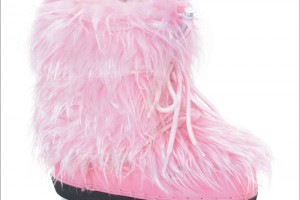 Shoes , Lovely  Furry Boots Product Lineup :  Beautiful pink furry boots product Image