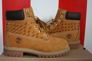 Shoes , Beautiful  Timberlands With Spikes For Women  Collection : Brown  timberlands women Product Lineup
