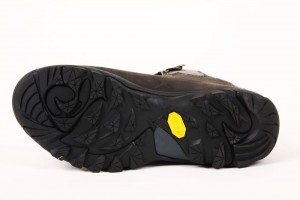 Shoes , Fabulous Vibram Goretex Product Lineup : Fabulous brown  gore tex sneakers