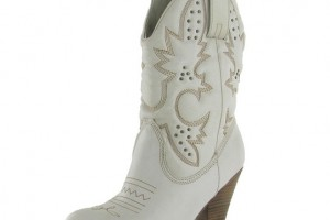 Shoes , Wonderful Cheap Cowgirl Boots Under Collection : Fabulous white  short cowgirl boots  Collection