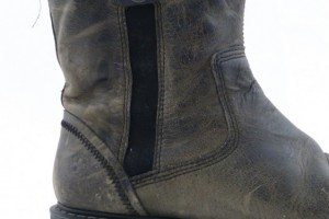 Shoes , Beautiful  Doc Martin BootsProduct Picture : Grey  doc marten boots Product Picture