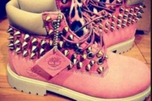 Shoes , Beautiful  Timberlands With Spikes For Women  Collection : Pink timbs with spikes Product Ideas
