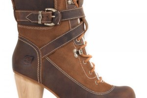 600x600px Charming Woman Timberland Boots product Image Picture in Shoes