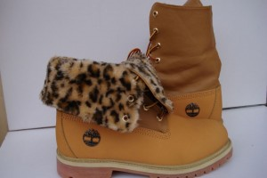Shoes , Beautiful  Timberlands With Spikes For Women  Collection : Popular brown  timberland womens