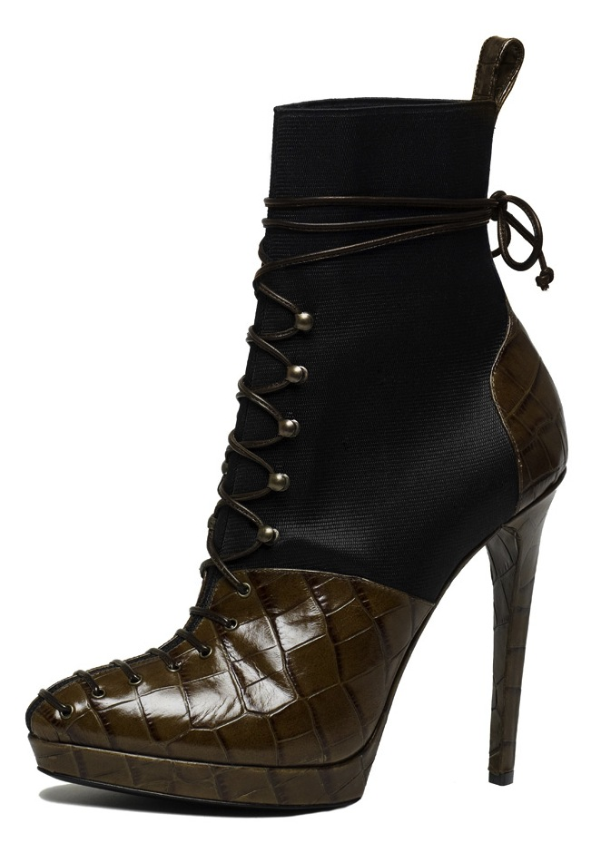 Stunning Boots Shoes For Women Ideas Photo Collection in Fashion