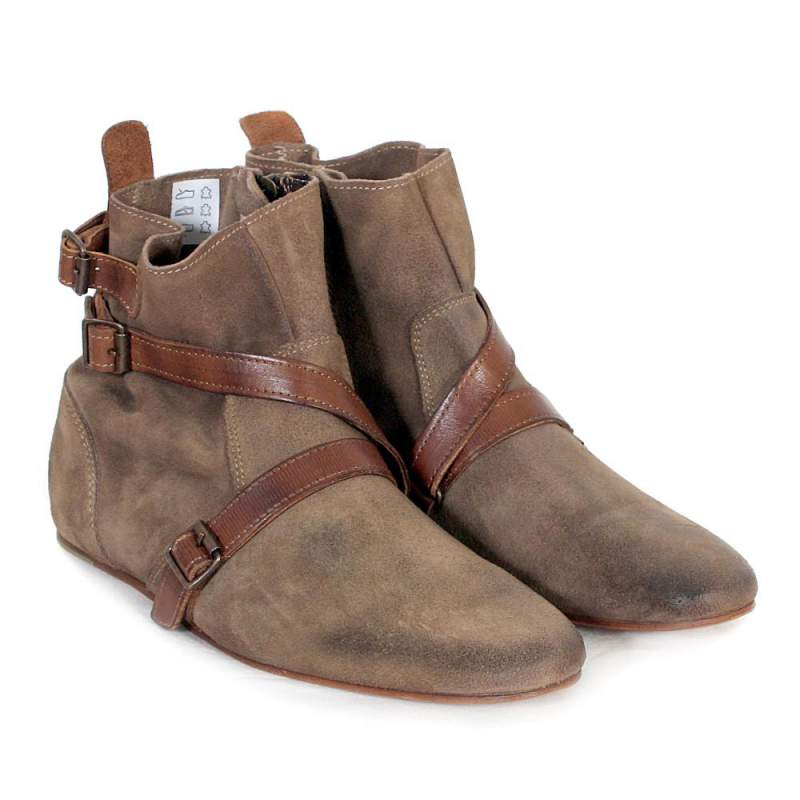 Brown Flat Ankle Boots Product Lineup : Beautiful Flat Boots Women ...