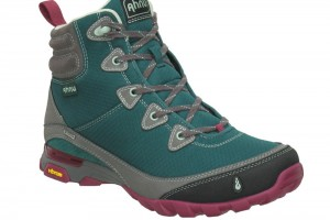 Shoes , Beautiful Women Hiking Boots Product Ideas : green  keen womens hiking boots