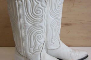 Shoes , Charming White Cowboy Boots Photo Gallery : white  cheap cowboy boots Image Gallery