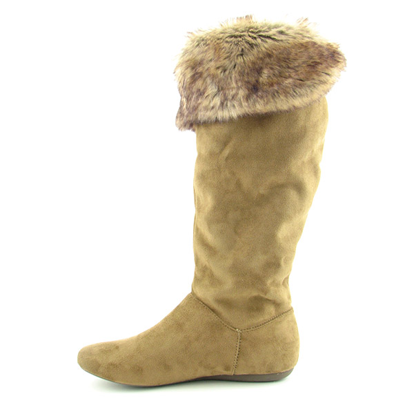 10  Lovely Beige Winter BootsPhoto Gallery in Shoes