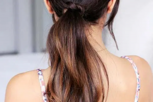 Hair Style , Sporty Hairstyle For Workout Or Go To The Gym 2020 : Sporty Long Hairstyles for Gym